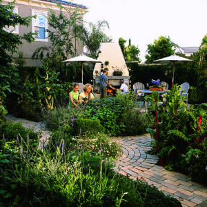Old-world-kitchen-garden2-m-m