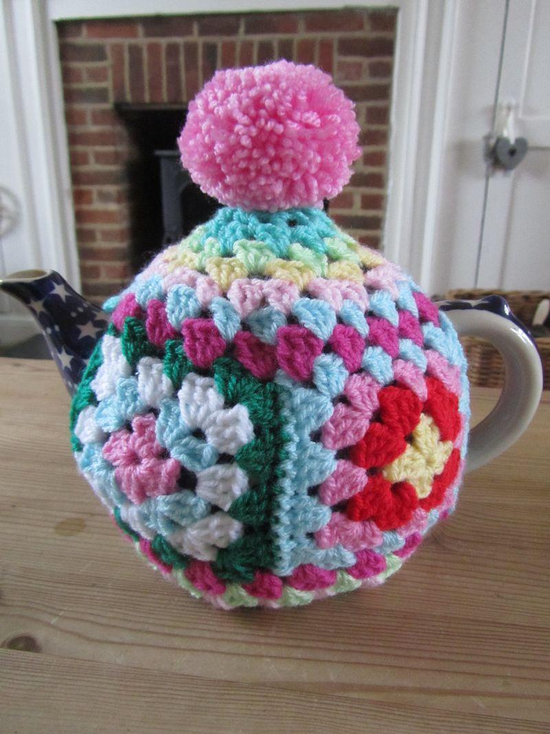 Granny Chic Tea Cosy 015