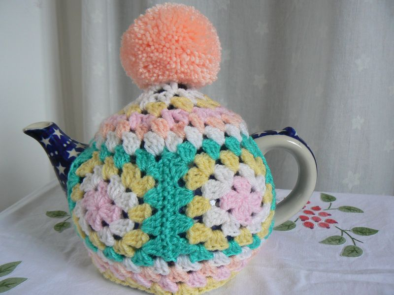 Tea cosy Feb 2015 033